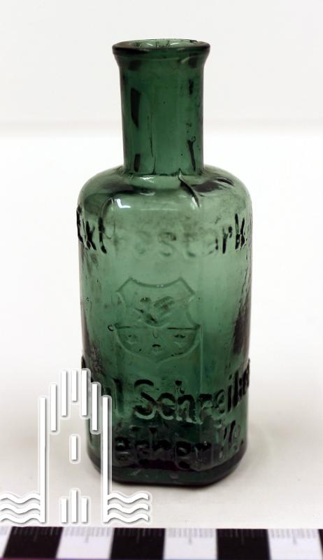 kleine grüne Flasche
