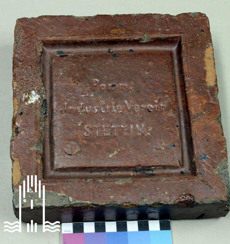 Beton- Stein mit Aufschrift: Pomm. Industrie Verein Stettin